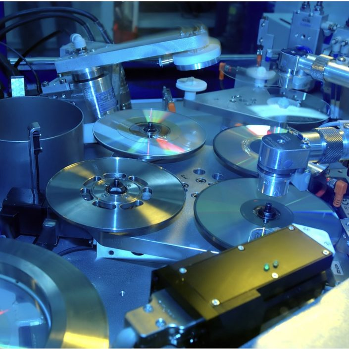 PRODUZIONE CD-Stampa e Duplicazione Cd, Pratiche SIAE, Grafica