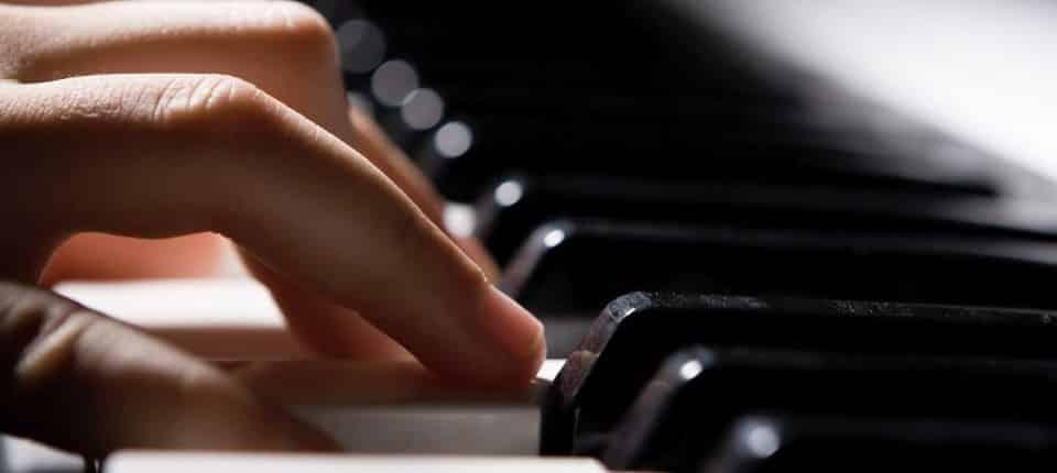 CORSI DI MUSICA E AUDIO-Corso Pianoforte, Lezioni di Musica, Corso Tecnico del Suono